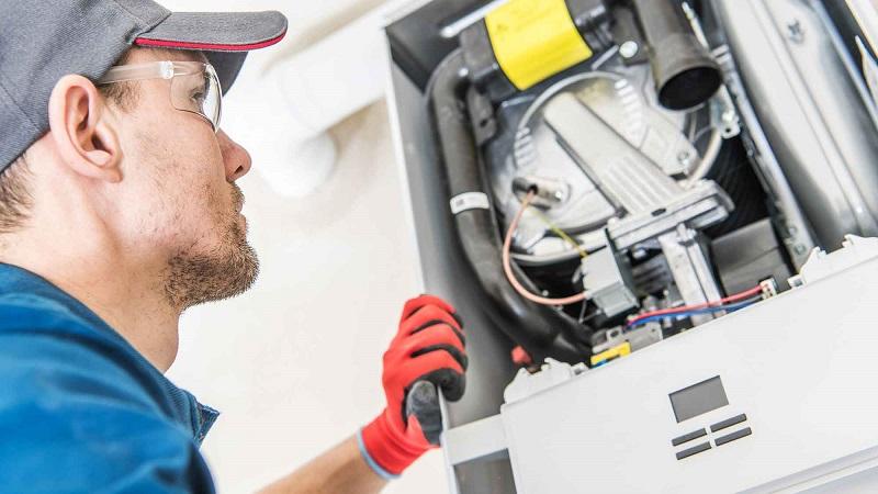 boiler-repair-tradesman (1)